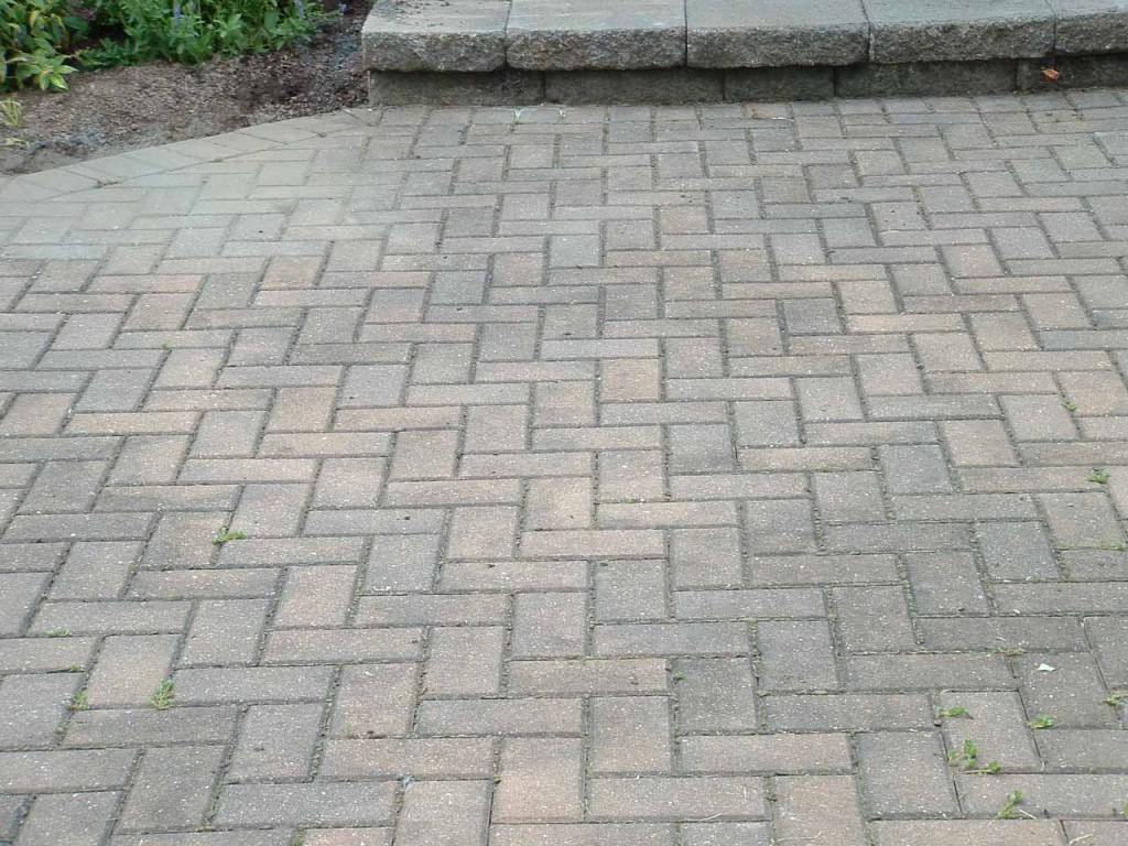 benefits of sealing pavers