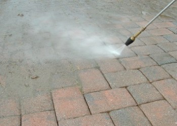 Can I Clean My Pavers With a Pressure Washer?