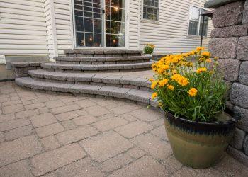 What are Interlocking Concrete Pavers?